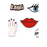 Γυναικεία Σετ Κοσμημάτων Καρφίτσες Λογότυπο Sexy Ευρωπαϊκό Κράμα Cross Shape Alphabet Shape Μάτι Τίγρης Χείλη Κοσμήματα Για Καθημερινά
