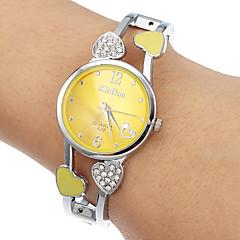 Kvinder Gul Runde Dial Quartz Analog Bracelet Watch