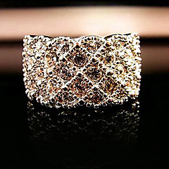 Korean jewelry wholesale diamond luxury full diamond ring that noble (random color)