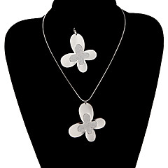 Classic Butterfly Shape Shinning Jewelry Set(1 Set)