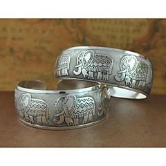 1PCS Fashion Carved Silver Bracelet N0.4