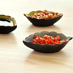 Ceramic Material Leaves Shape Seasoning Dish(Random Color)