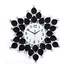 floral avec horloge murale de style de forage