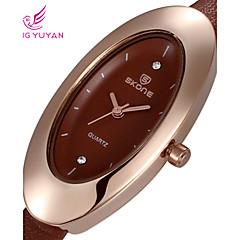 Famous Brand Women Quartz Watch Fashion Casual Ladies Dress Watch Rhinestone Wristwatch
