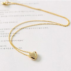 Stylish and Elegant  Golden Sliver Matel Sweet Heart  Chain of Clavicle  Necklace