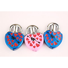 kreativa kärlek låsa en pil genom ett hjärta metall tändare blå rosa