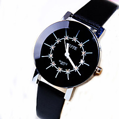 Women's Business Personality Trend Round Diamond Dial PC Movement Leather Strap Fashion Quartz Watch (Assorted Colors) Cool Watches Unique Watches