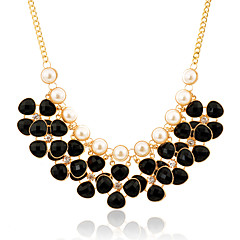 Jewelry Statement Necklaces Party / Daily / Casual Alloy / Imitation Pearl / Resin 1pc Women Wedding Gifts
