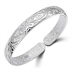 Classic Women's Silver Plated Filled Bangle Handcarved Star Pattern Bracelet