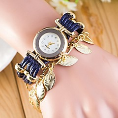 Woman Round Rivet Wrist  Watch Cool Watches Unique Watches