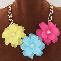 Women's New Summer Fashion Sweet Delicate Petals of Flowers Temperament Short Statement Necklace