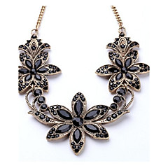 Necklace Statement Necklaces Jewelry Alloy Wedding / Party / Daily / Casual Gold 1pc Gift