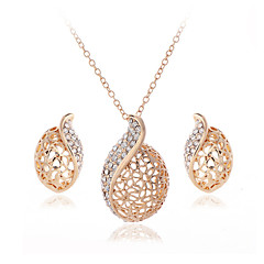 Women Crystal / Alloy Jewelry Set Necklace/Earrings Wedding / Party 1set