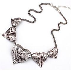 Halsband Uttalande Halsband Smycken Bröllop / Party / Dagligen / Casual Moderiktig Legering Silver 1st Present