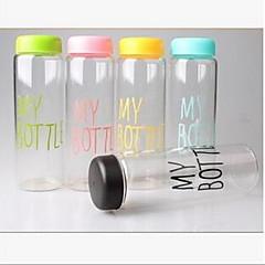 Minun pullo muovimuki kannettava vesipullo (random väri)