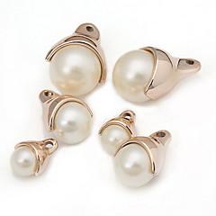 Women's Golden Pearl Pendant 1PC