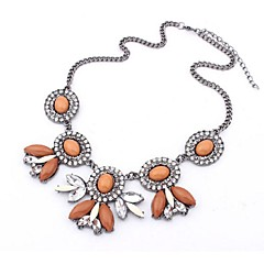 Necklace Statement Necklaces Jewelry Wedding / Party / Daily / Casual Fashion Alloy Silver 1pc Gift