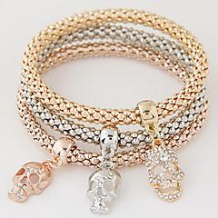 Dame Charm-armbånd minimalistisk stil Mode Flerlags luksus smykker Europæisk Rhinsten Imitation Diamond Legering Dødningehoved Regnbue