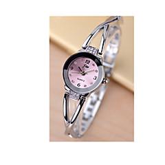 Γυναικεία Βραχιόλι Ρολόι Προσομοίωσης Ρόμβος Ρολόι Χαλαζίας / Με Επίστρωση Ροζ Χρυσού Ανοξείδωτο Ατσάλι Μπάντα Ασημί