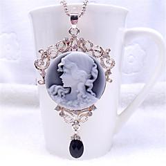 Söpö Lolita Necklace Vintage-kokoelma Lolita Tarvikkeet Necklace Yhtenäinen varten Polyesteri Metalli