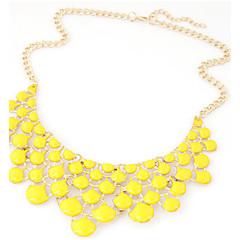 Damskie Oświadczenie Naszyjniki Kropla Akrylowy Kryształ górski Stop Modny Bohemia Style Wyrazista biżuteria biżuteria kostiumowa