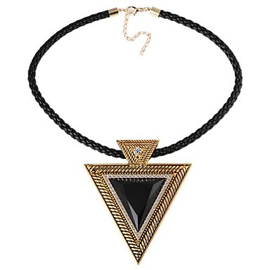 Triangle Gem-Shaped Alloy Pendent PU-Leder-String Halskette (1pc) (2Colors)