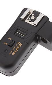 Nicefoto 3-em-1 de 2,4 GHz sem fio de disparo Flash remoto com suporte do guarda-chuva para Canon DSLRs (2 x AAA)