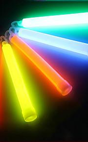 Outdoor Multicolor Chemical Liquid 6 Inch Glow Stick Light med Krog til SOS eller Party (12h-24h, tilfældig farve)