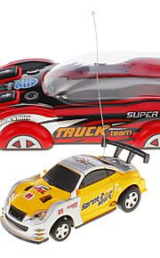 Mini RC Racing Car med lys (tilfældig farve)