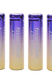 aandacht 4.2V 8000mAh 18650 oplaadbare lithium-ion batterij (4 stuks)