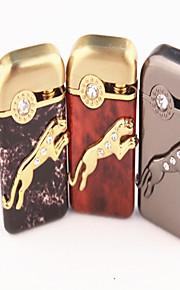 personlighed stereo sæt snegl gepard metal lightere assorterede farver