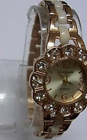 Жен. Женские Модные часы Часы-браслет Китайский Кварцевый сплав Группа Блестящие Повседневная Белый Розовое золото