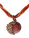Le collier de cru de paon Forme