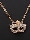 1pc Vintage(Mask Pendant) Golden Alloy Pendant Necklace