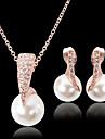 Femme Set de Bijoux Mode Bijoux de Luxe bijoux de fantaisie Perle Imitation Diamant Boucles d\'oreille Collier Pour Soiree Occasion